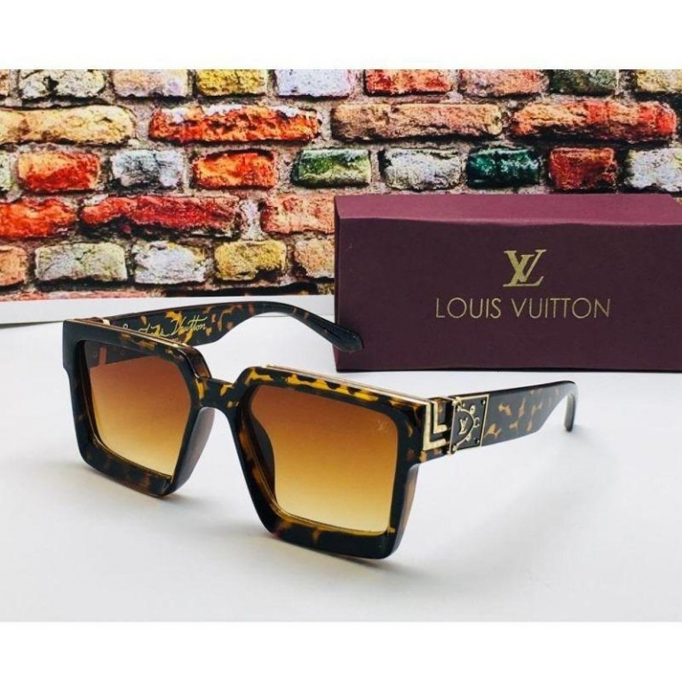 Louis Vuitton Branded Brown Glass Men's and Women's Sunglass for Man and Woman or Girls LV-32 Cheetah Print Frame Unisex Gift Sunglass